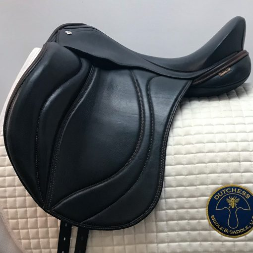 MacRider dressage saddle in navy Italian leather
