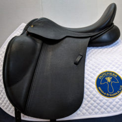 Jeremy Rudge Fusion dressage saddle