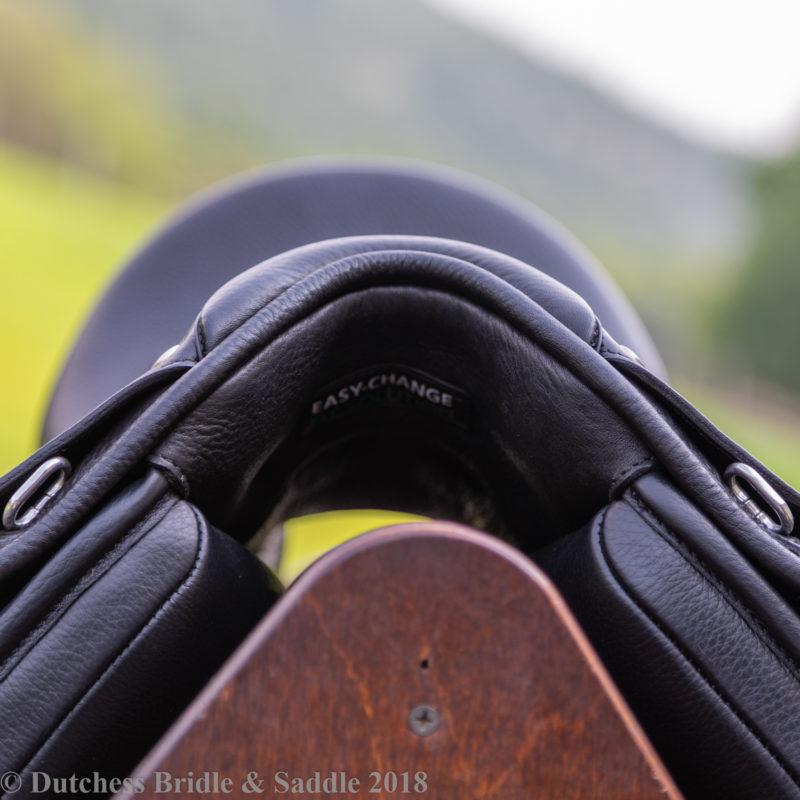 Bates Dressage+ Saddle pommel view