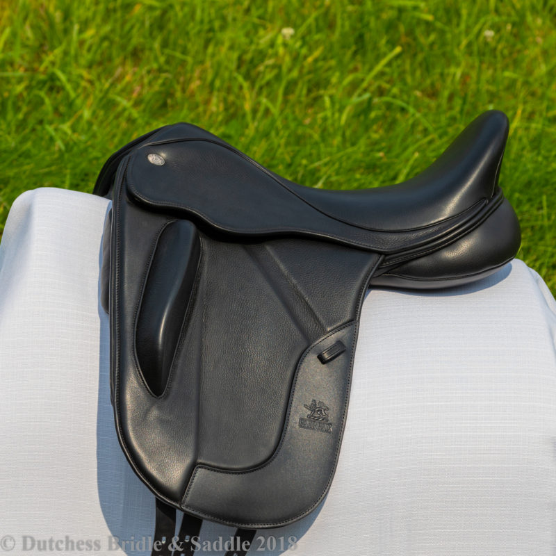 Fairfax Gareth Monoflap dressage saddle profile