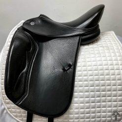 DT Saddlery Butterfly Dressage Saddle 1006 Profile